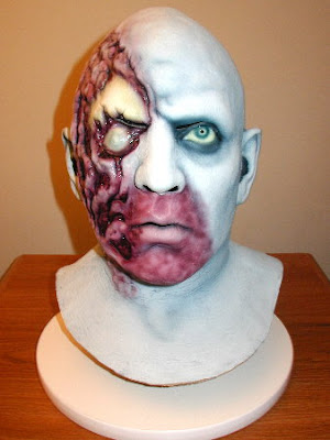 horror mask16 Scary Horror Movie Characters Halloween Masks Pictures Seen on www.VyperLook.com