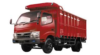 Toyota Dyna Merah