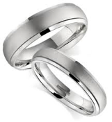 Dionisia Events: Un anello per la vita: come scegliere le fedi