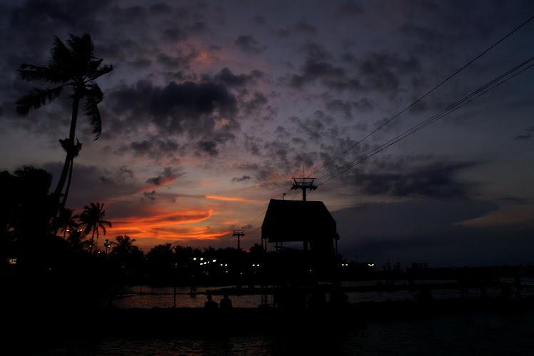 Senja di Pantai Ancol. 2010