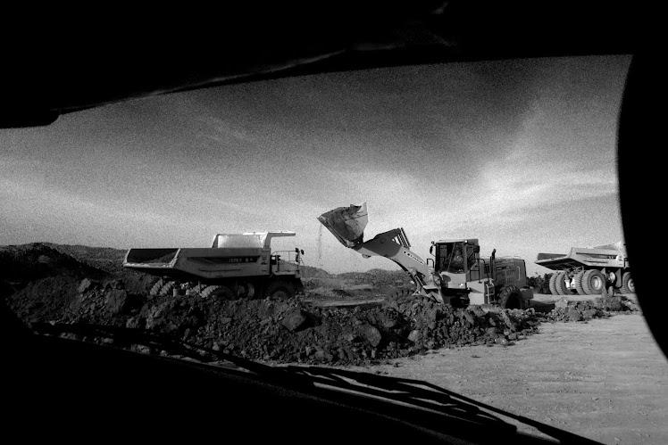 "Framing ""Dibalik Jendela Mobil"". 2010"