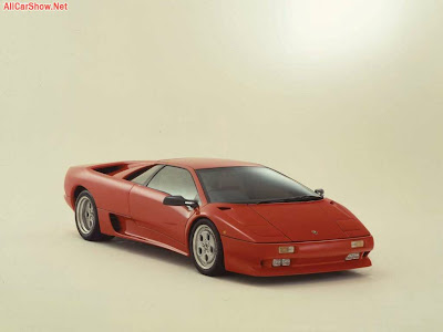 Lamborghini-Diablo_1990_1024x768_wallpaper_01.jpg