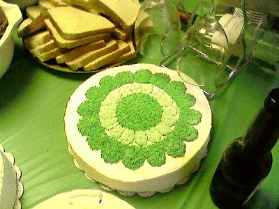 Green Party logo on a cake