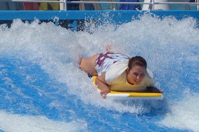 FlowRider Surf Machine