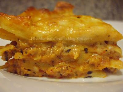Lasagna cu sos Bolognese si sos Bechamel reteta