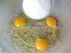 Prajitura cu gem si bezea Preparare blat