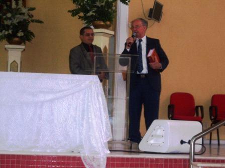 DICIONÁRIO É APRESENTADO NO CENTRO EVANGELÍSTICO INTERNACIONAL