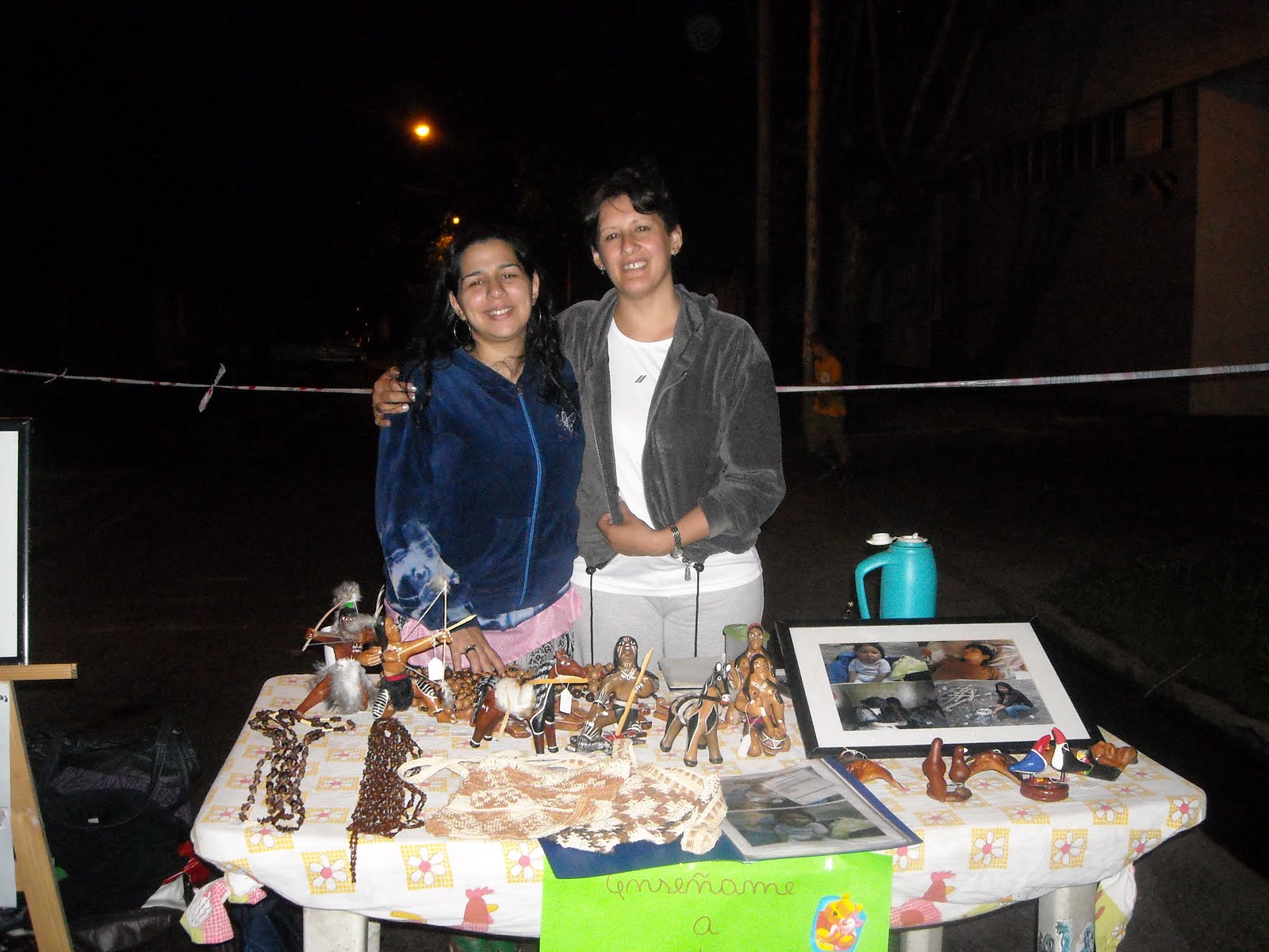 Ense ame a ayudar el centro cultural azucena villaflor de for Ensename todo