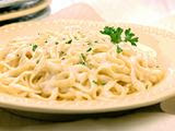 low calorie and low fat fettuccine alfredo
