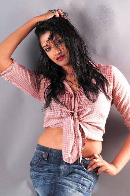 Vimala Raman New Hot Photoshoot gallery wallpapers