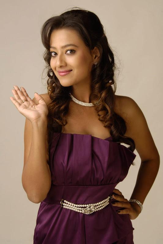 Madalasa Sharma Hot Photoshoot gallery glamour images