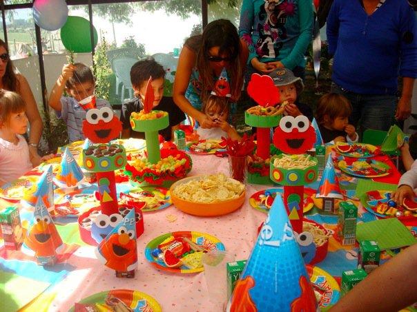 Decoración de fiestas infantiles al estilo elmo bebé - Imagui