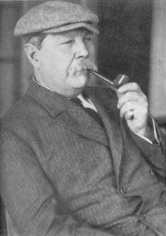 Sir Arthur Conan Doyle Élete és Művei - Page 2 Doyle_with_pipe
