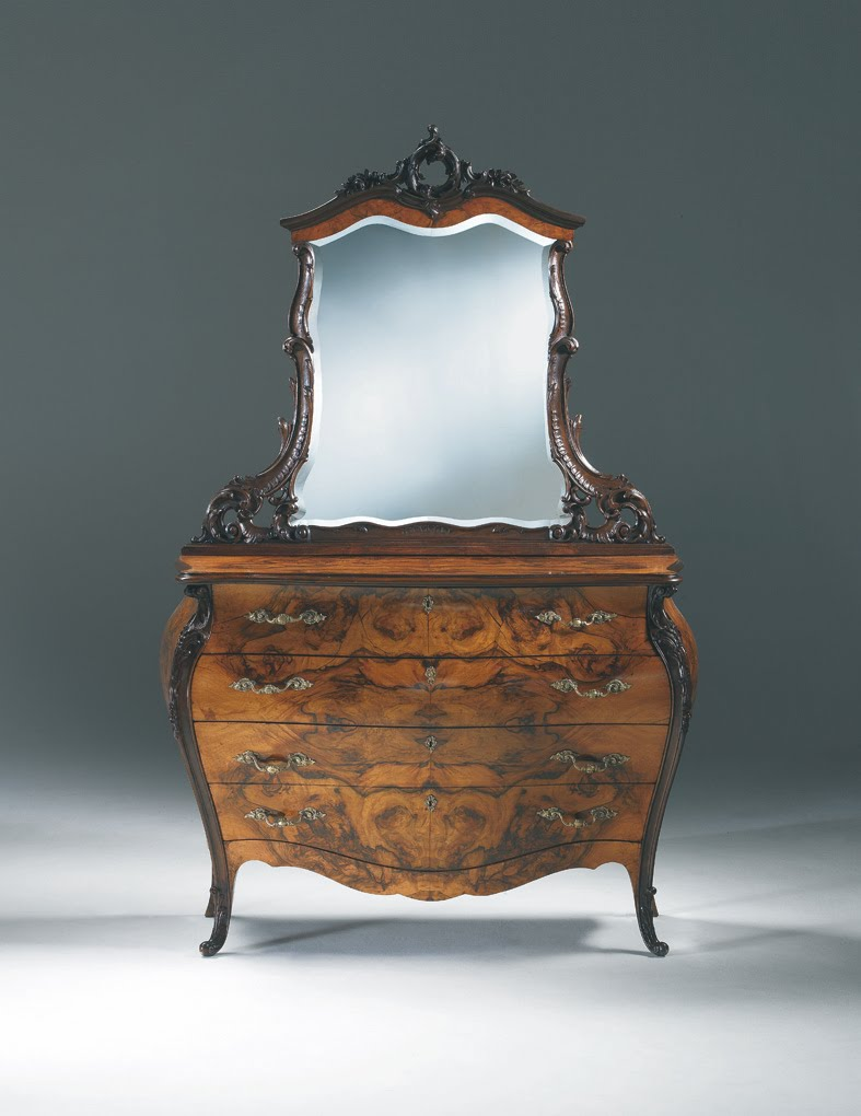 [rococo-chest-of-drawers.jpg]