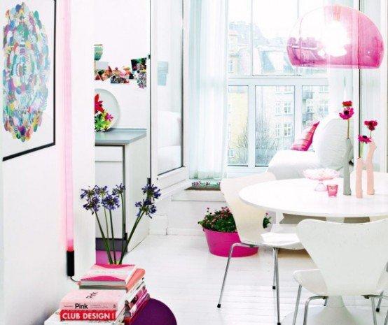Antique Italian Classic Furniture Using Pink Color In
