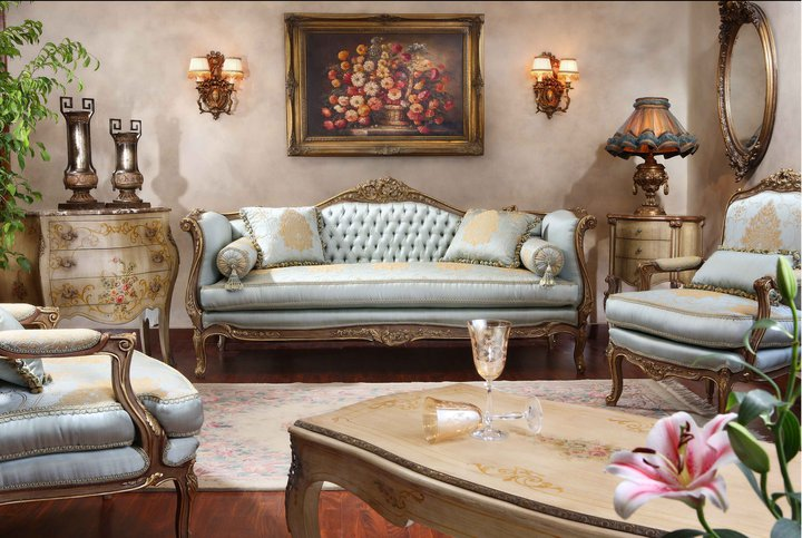 Antique italian classic furniture classic salon for Classic reproduction furniture