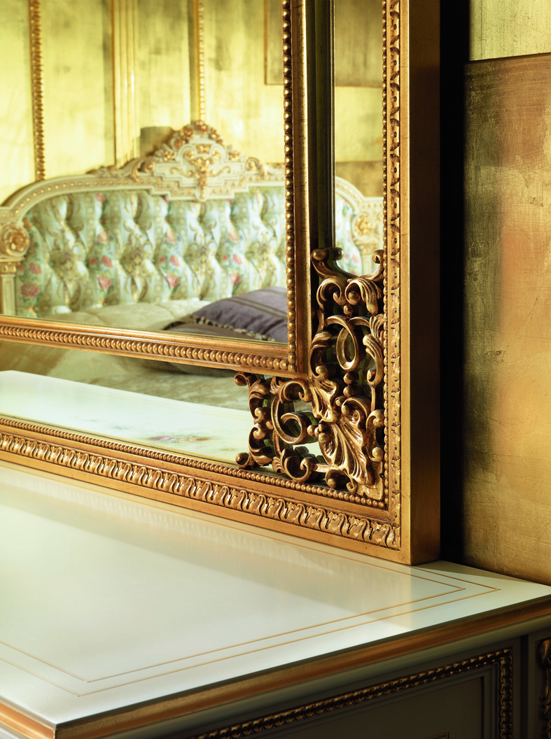 Baroque style bedroom furniture images frompo 1 for Baroque bedroom furniture