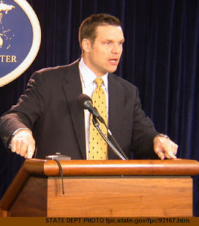 KS GOP chair Kris Kobach admits using voter suppression 'caging' tactic to steal 08 election