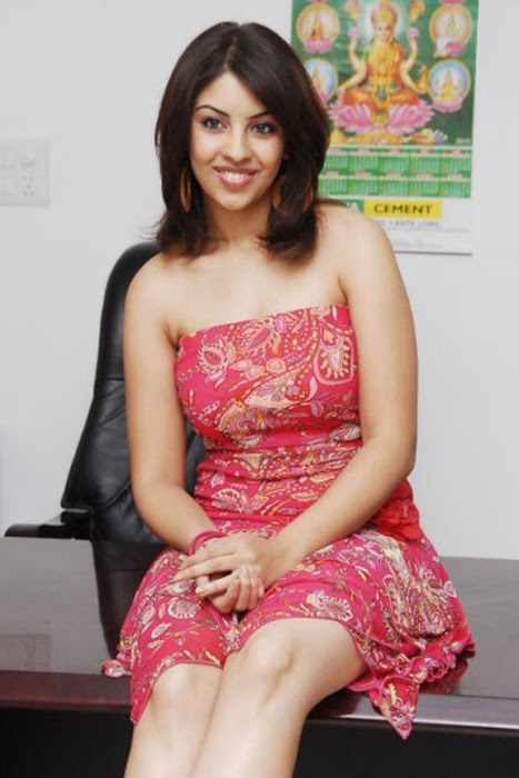 richa gangopadhyay from recent actress pics