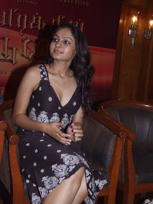 Andrea Jeremiah Photo