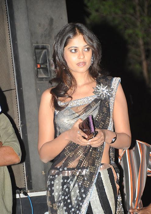 more bindhu madhavi in trasparent saree latest photos