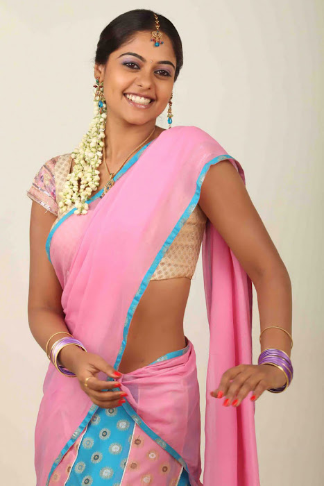 bindhu madhavi half saree latest photos