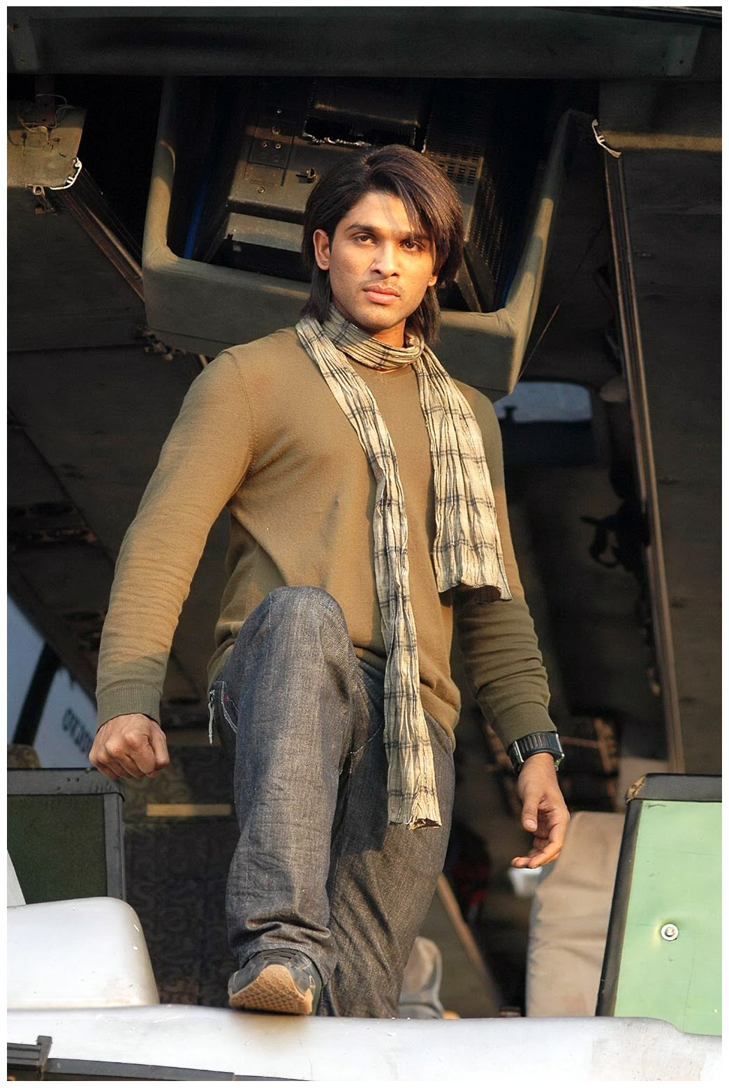 latest unseen aarya 2 stills arya 2 images aarya2 pics arya 2 photos