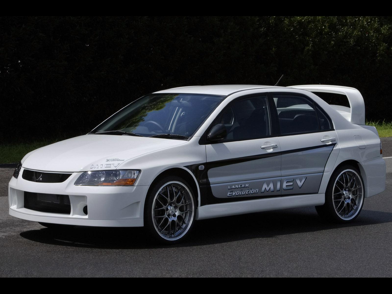 http://1.bp.blogspot.com/_cLWqMZQ1CPk/TTUb6PZwbpI/AAAAAAAAGMk/EYfXj7vtXE8/s1600/2005-Mitsubishi-Lancer-Evolution-MIEV-SA-1600x1200.jpg