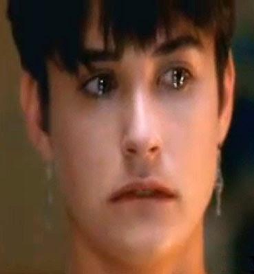 Demi Moore: lágrimas vertidas de dois olhinhos joviais e incrivelmente belos