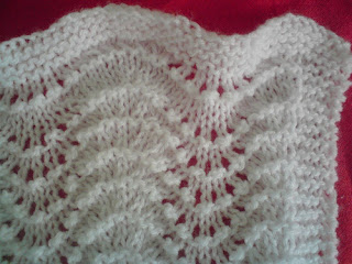 Fan And Feather Knitting Pattern For Baby Blanket : FEATHER AND FAN KNITTING PATTERN BLANKET   KNITTING PATTERN