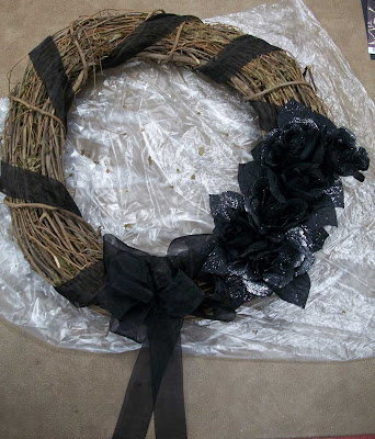 Halloween wreath on craft table