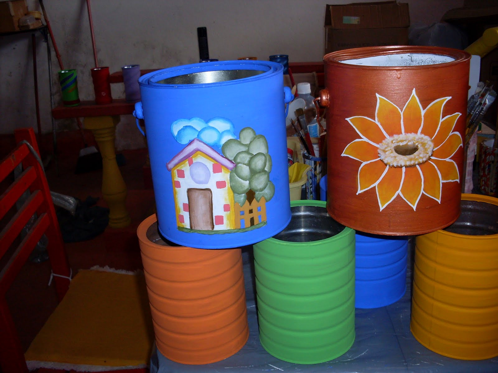 Crizartes pinturas em latas de aluminio - Pintura para aluminio ...