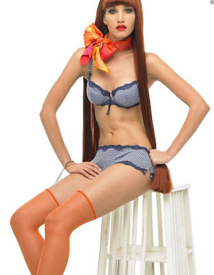 sexy-bra-underwear-model.jpg