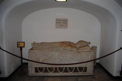 Orbis Catholicus Secundus: Tomb of Pope Boniface VIII