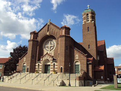 Orbis catholicvs american church architecture 1920s splendor this byzantine romanesque is magnificent and wonderful to see in america sciox Gallery