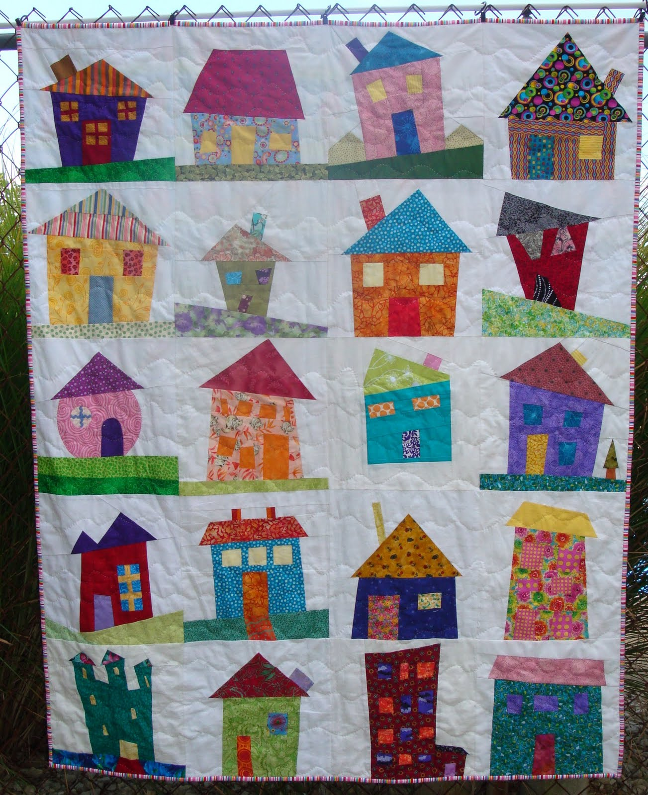 Simply sandy i finished my wonky house quilt for House pattern