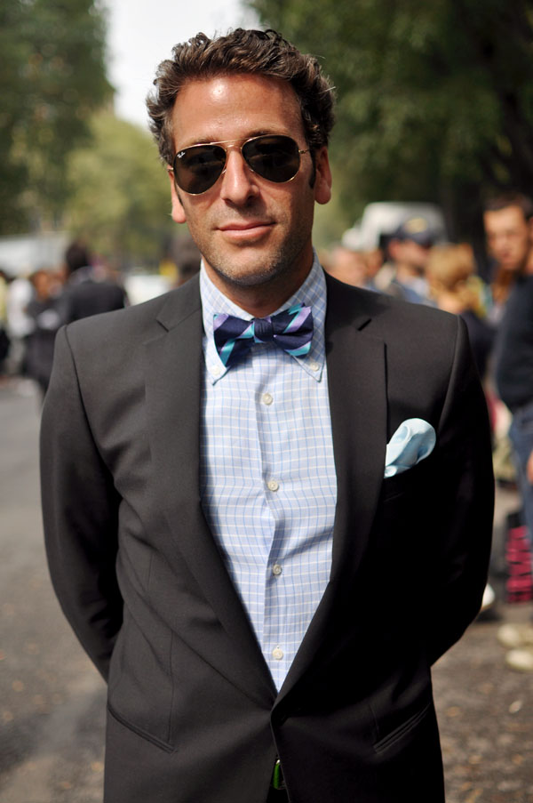 fbdd96e099 Gold Ray-Ban aviators - and another bow tie - in Milan