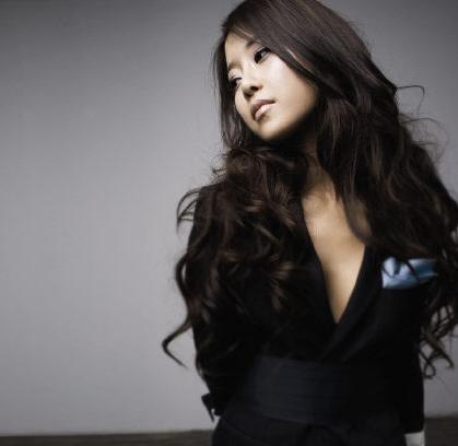 "Baek Ji Young / Baek Zyoung >> Single ""Still in Love""  Baek_ji-young1"