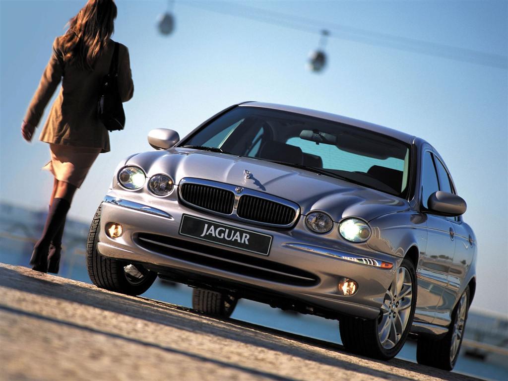 http://1.bp.blogspot.com/_cWyMIJyi6Fc/TMFMGh05Q3I/AAAAAAAACh4/73k0GlHSnxM/s1600/Girl+And+Car+(162).jpg