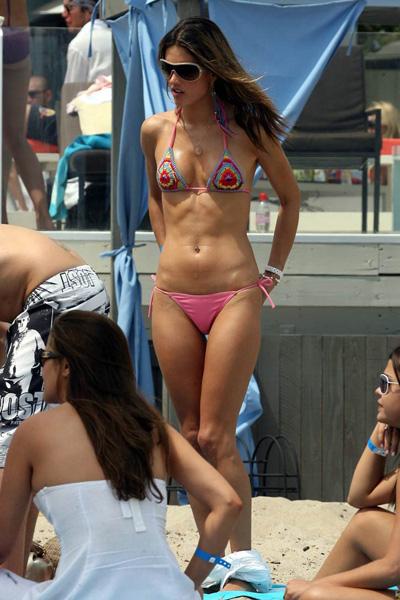 selena gomez in bikini wallpapers. selena gomez in ikini