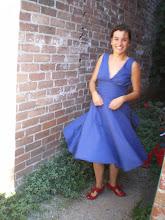 A une robe qui tourne! Pensée pour toi Mamie! Avec les chaussures de Marie Popins