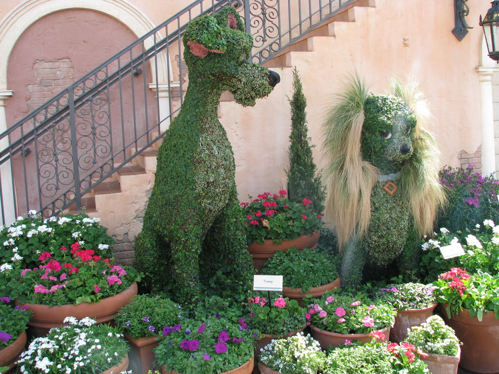 2010 Epcot Flower & Garden Festival: Topiary Pictures  Disney World Blog...