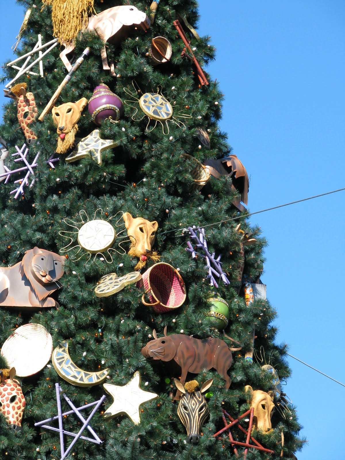 if you are able to visit disney world this christmas holiday season take the time to notice the decorations that adorn the remarkable trees that you will - Disney Christmas Trees