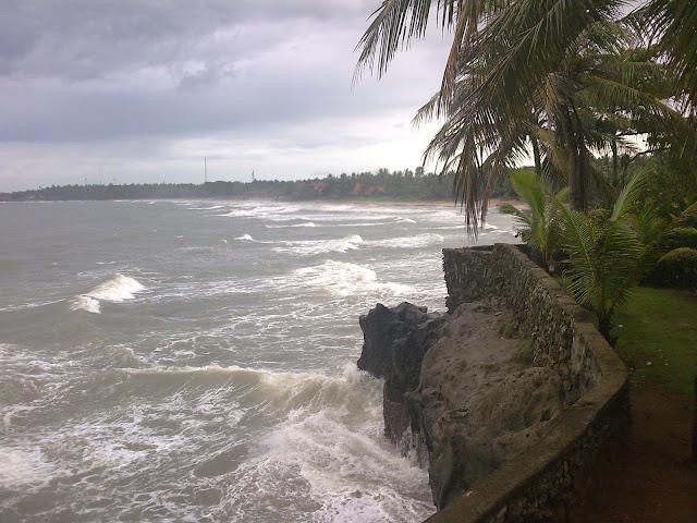 Patra Jasa Beach Hotel