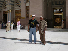 Di Mesjid Nabawi:
