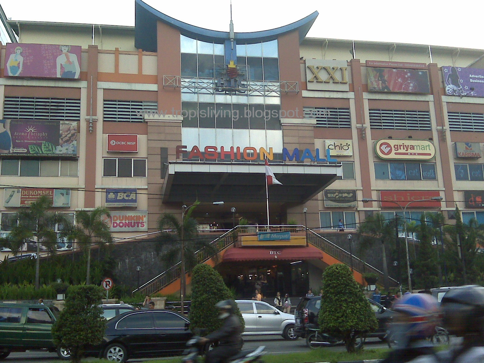 Fashion Mall Bandung Uniquely Indonesia
