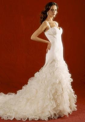 September 39 s bride hot trend flamenco style for Flamenco style wedding dress