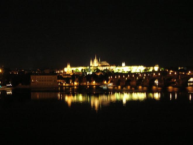 Praga desde el puente.