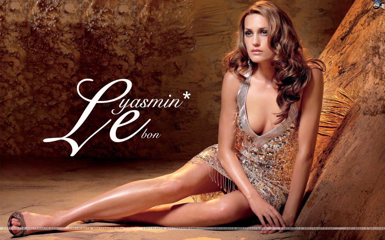 http://1.bp.blogspot.com/_cewgUlffLHE/TK360CN1dnI/AAAAAAAAJ2Y/f8dDPsEVNeg/s1600/yasmin-le-bon-0a.jpg