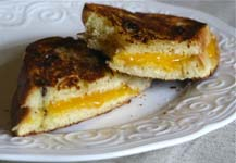 Weight Loss Recipes : Sweet Grilled Cheese